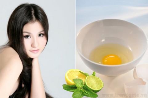 Làm mặt nạ trứng gà trị tàn nhang hiệu quả